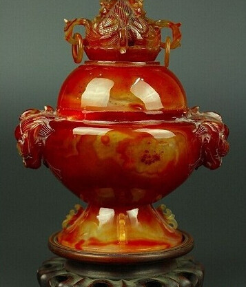 红瑙稀珍 超大满红双狮耳龙纹垂环玛瑙高盖香炉图片